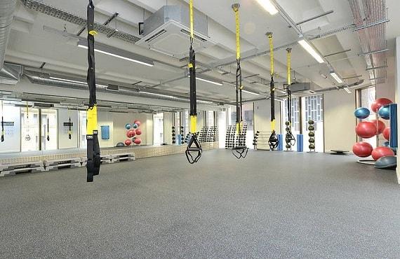 Sports Clubs & Health Clubs